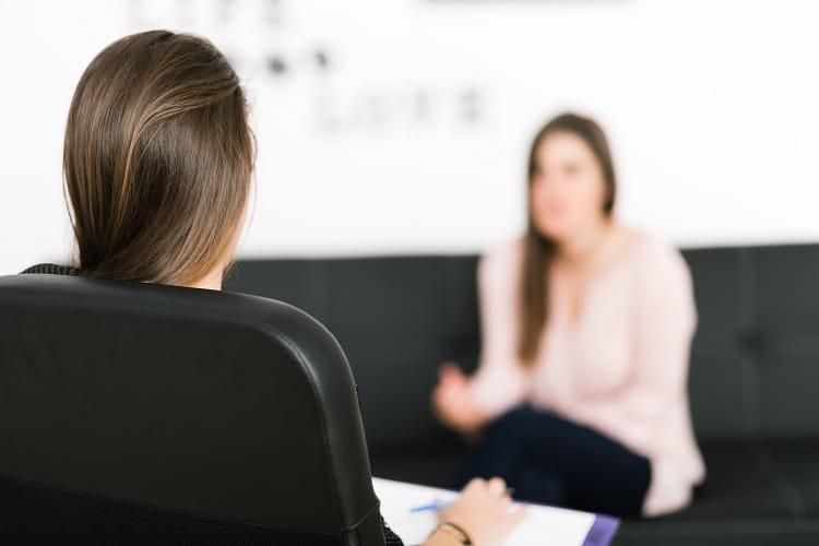 Psychoterapeuta Poznań poprowadzi profesjonalną terapię